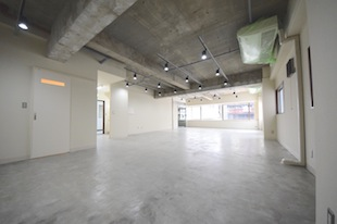 レイアウト自在。約30坪の新規リノベオフィス