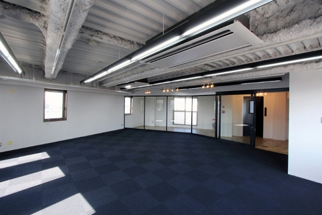 中野坂上。3駅利用可能なデザイナーズオフィス。