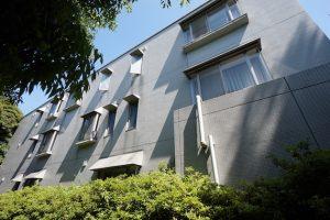 【募集終了】松濤・神山町エリア。重厚なアプローチで構える邸宅SOHO。