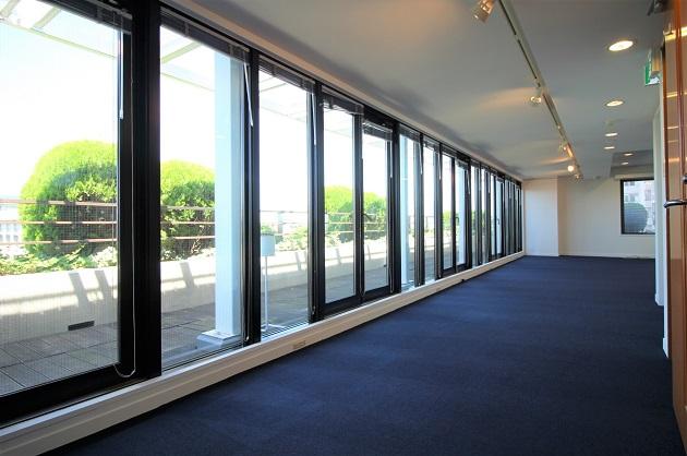 【募集終了】駒沢大学5分。20坪ルーフテラス付最上階オフィス